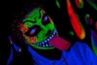 светеща боя за хелоуин